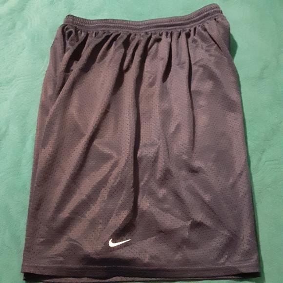 Nike men sport short